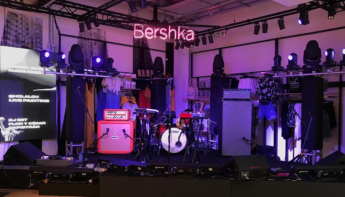 Showrooms-Bershka-01